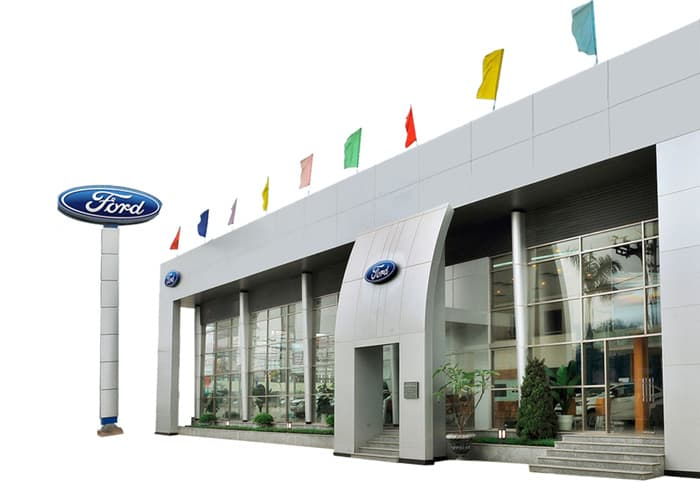 Showroom-Ben-Thanh-Ford